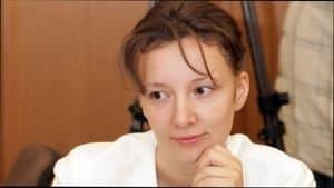 Как пожаловаться Анне Кузнецовой